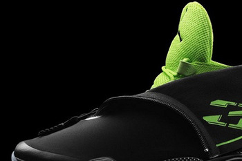Via: http://www.nicekicks.com/2012/12/jordan-brand-takes-flight-with-launch-of-air-jordan-xx8/