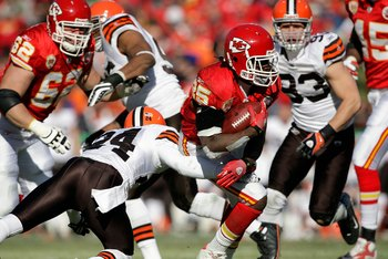 Chiefs running back Jamaal Charles rushing against the Browns in 2010