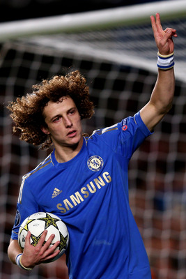 David Luiz celebrates scoring his penalty, Chelsea's second of the night.