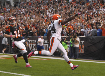 Cornerback Sheldon Brown returning an interception against the Bengals