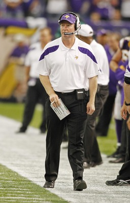 Offensive coordinator Bill Musgrave has to help Christian Ponder find his comfort zone in Week 14.