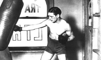 http://www.boxing.com/phenomenon_why_harry_greb_was_so_great.html