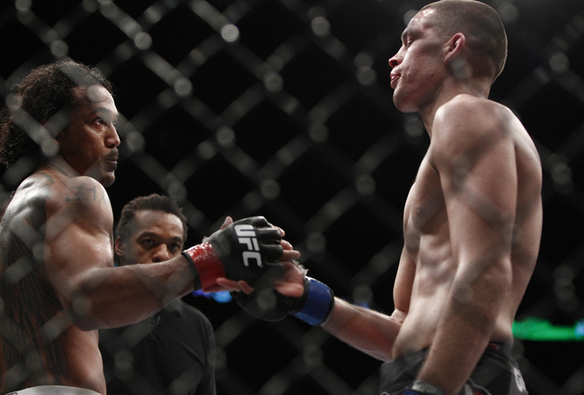 134_benson_henderson_vs_nate_diaz_gallery_post_crop_650x440