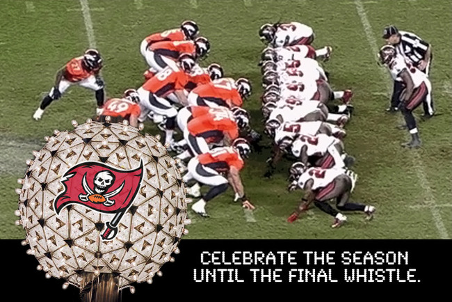 10-holidaycards-buccaneers_crop_650