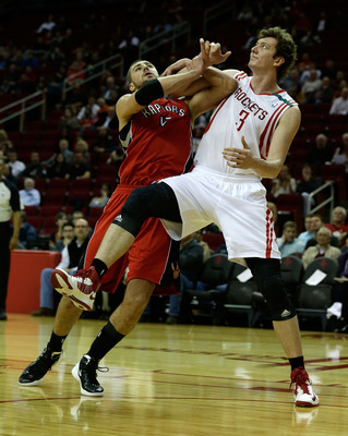 Omer Asik's hard-nosed play has been key for the Rockets.