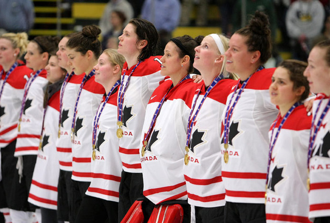 Hockey_team_canada_crop_650x440
