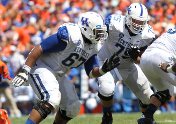 Kentucky OG Larry Warford (left)