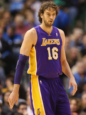 Pau Gasol is struggling to find a fit on the Lakers this season.