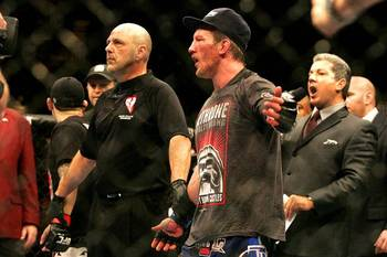 Gray Maynard and Frankie Edgar were both disappointed by the split decision draw at UFC 125. Photo c/o LasVegasSun.com.