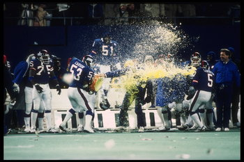 LB Harry Carson perfected the Gatorade Shower.