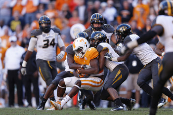 Missouri ganged up on the Vols in Neyland Stadium last year.