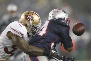 NaVorro Bowman caused a fumble by Shane Vereen.