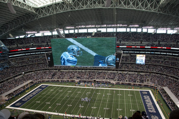 http://mr.wikipedia.org/wiki/%E0%A4%9A%E0%A4%BF%E0%A4%A4%E0%A5%8D%E0%A4%B0:Cowboys_Stadium_screen.jpg