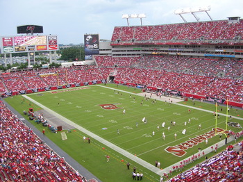 http://en.wikipedia.org/wiki/File:Raymond_James_Stadium02.JPG