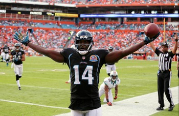 This picture is hilarious when you realize that he's celebrating a touchdown that was called back due to a bonehead penalty on the Jaguars. Jacksonville was held to only three points.