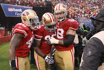Delanie Walker (left) and Vernon Davis (center) create numerous mismatches for opponents' defenses.