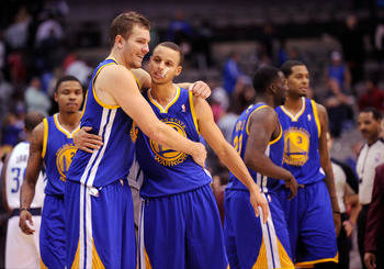 Stephen Curry and David Lee have Golden State in a good place.