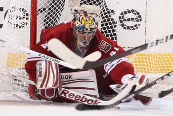 Mike Smith needs some help in front of the net.