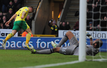 Anthony Pilkington scoring the opener against Wigan last week
