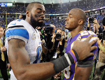 MINNEAPOLIS, MN - NOVEMBER 11: Calvin Johnson #81 of the Detroit Lions and Adrian Peterson #28 of the Minnesota Vikings speak after the game on November 11, 2012 at Mall of America Field at the Hubert H. Humphrey Metrodome in Minneapolis, Minnesota. The V