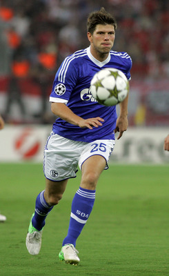 Klaas-Jan Huntelaar has been in good form for Schalke in the Champions League this season