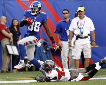 WR Hakeem Nicks was named NFC offensive POTW for his 199-yard (1 TD) performance vs. the Bucs in Week 2.