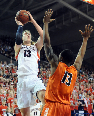 Kelly Olynyk's unique skill set makes him an asset to Gonzaga's offense.
