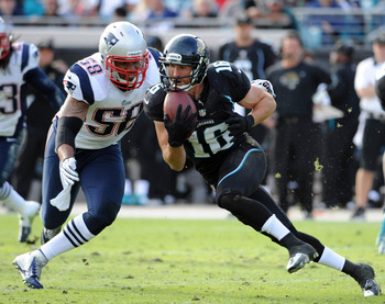 Tracy White stepped in and play well for the Patriots at linebacker Sunday.