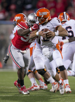 DT Adolphus Washington playing against Illinois.