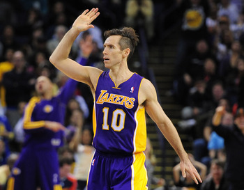 Steve Nash returns and the Lakers are hopeful.