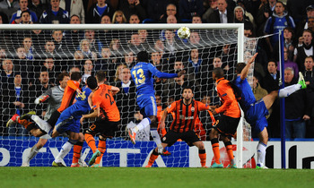Victor Moses did his best Didier Drogba impression with this last-second, game-winning header against Shakhtar Donetsk at Stamford Bridge in the UEFA Champions League group stage.