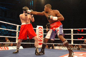Photo Credit:http://www.saddoboxing.com/7690-sam-vs-vidoz-2.html