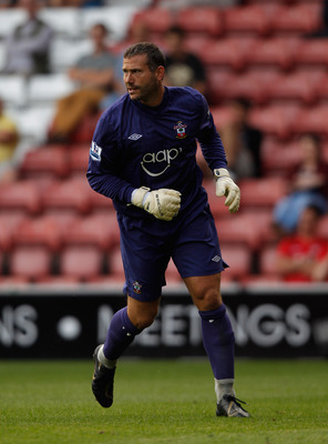 Kelvin Davis is hoping to hang on to the No. 1 keeper position for Southampton.