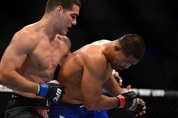Mark Munoz went from top contender to afterthought when he was roughed up by Chris Weidman.
