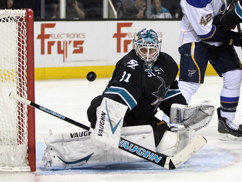 Antti Niemi is off to a hot start for the Sharks.