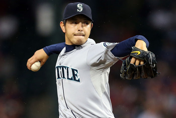 Hisashi Iwakuma re-signed with Seattle for a nice pay raise.