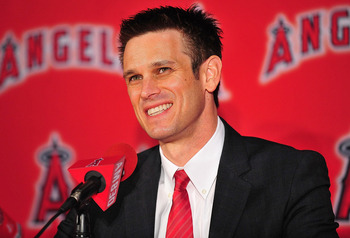 It seems like Jerry DiPoto is being left out of the loop.