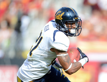 LOS ANGELES, CA - SEPTEMBER 22:  Keenan Allen #21 of the California Golden Bears heads up field after his catch against the USC Trojans after his catch at Los Angeles Memorial Coliseum on September 22, 2012 in Los Angeles, California.  (Photo by Harry How
