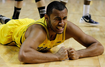 Jon Horford's injury leaves the Michigan Wolverines with little depth in their frontcourt.