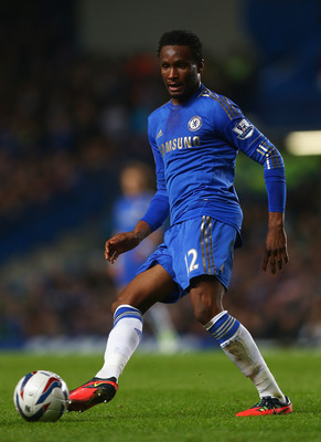 LONDON, ENGLAND - OCTOBER 31: John Mikel Obi of Chelsea in action during the Capital One Cup Fourth Round match between Chelsea and Manchester United at Stamford Bridge on October 31, 2012 in London, England.  (Photo by Clive Rose/Getty Images)