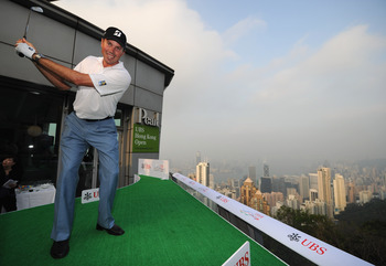 Matt Kuchar demonstrates his flat swing on top of a building.