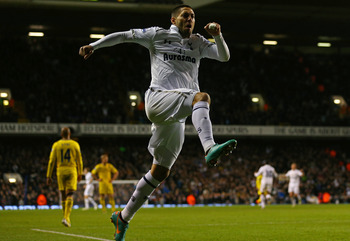 Clint Dempsey celebrates his goal for Tottenham against Reading.
