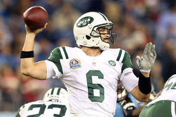 Mark Sanchez attampts a pass against Tennessee.