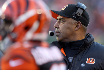 Marvin Lewis is 0-3 in the playoffs.
