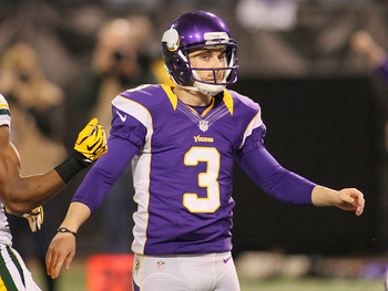 Blair Walsh may need to drill a big kick for Minnesota to win this one.