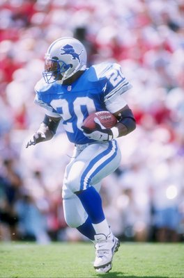 Barry Sanders was the last guy to run for 6.0 yards per carry on 300 or more attempts.
