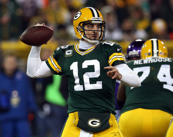 Rodgers looks to lead Packers over team he grew up cheering for