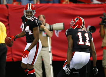 Roddy White and Julio Jones are two of the best receivers in the NFL.