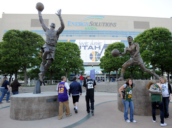 Two statues outside of Utah's arena commemorates the Hall of Fame careers of Karl Malone and John Stockton.