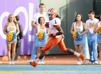 Hawthorne had a pick six in Illinois' 2011 bowl game.